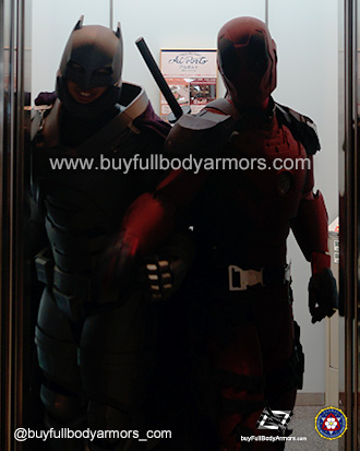 Iron Deadpool v Armored Batman [Comiket 92, Tokyo 2017] 1
