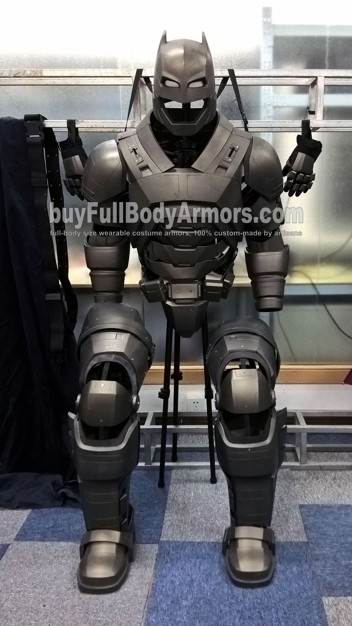 The Wearable Armored Batsuit Costume (Batman Armor Suit in Batman V Superman: Dawn of Justice) Display Status front