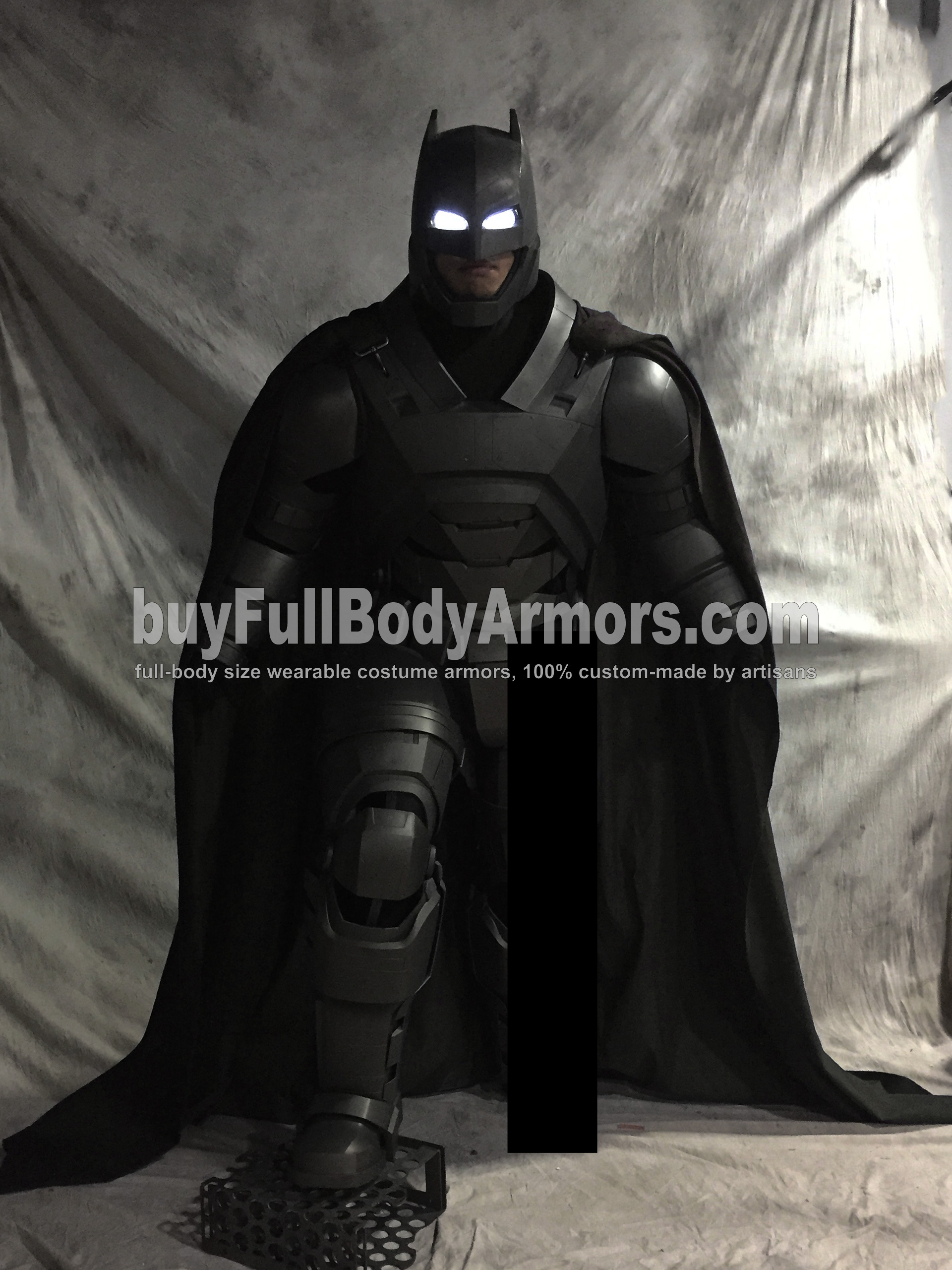 Full Body Prototype of the Wearable Armored Batsuit (Batman armor suit costume) in Batman v Superman: Dawn of Justice (2016) 3