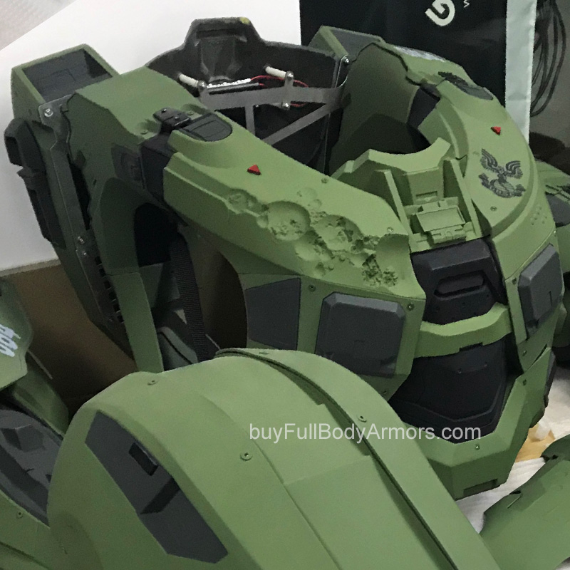 wearable Halo 5 Master Chief Battle Damage on the right chest armor