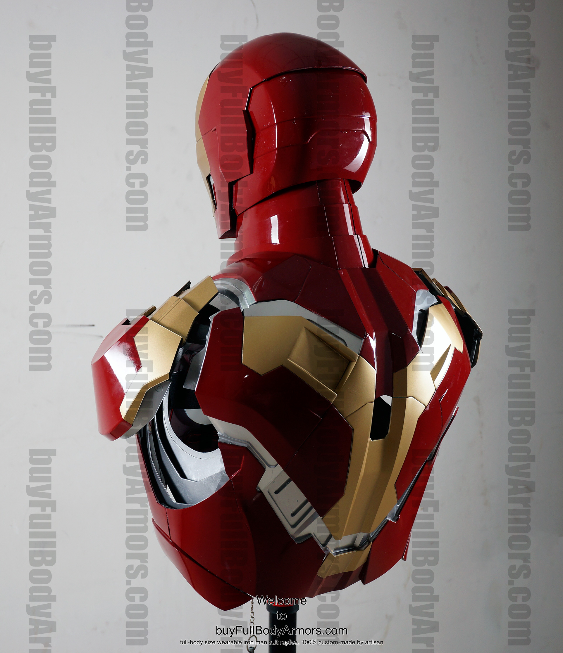 the wearable Iron Man Mark 43 (XLIII) suit costume bust back side