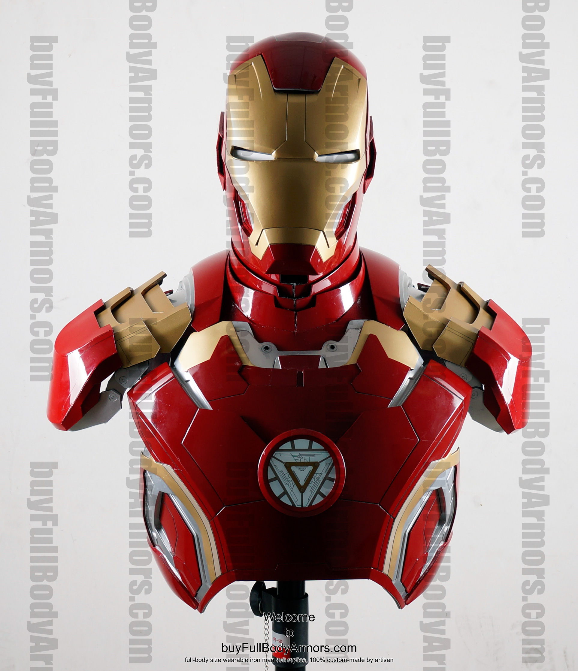 the wearable Iron Man Mark 43 (XLIII) suit costume bust front