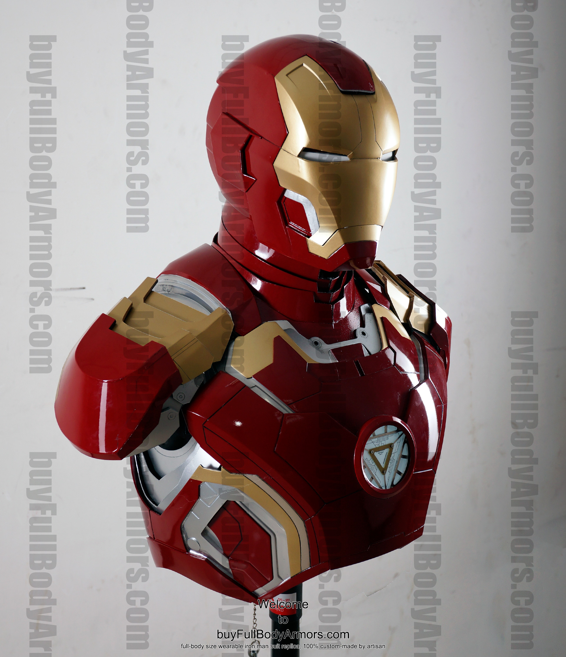 the wearable Iron Man Mark 43 (XLIII) suit costume bust front side