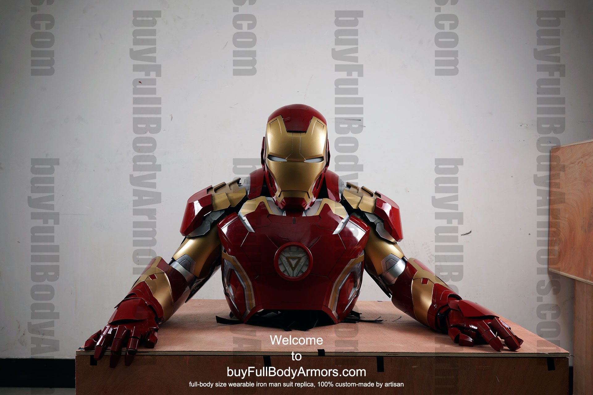 the wearable Iron Man Mark 43 (XLIII) suit costume upper